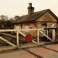 I'd taken this photo of a rail level crossing back in the early 1990s when I was walking around south Devon with my girlfriend at the time (hello, Debbie Miller!)....