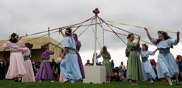 Crowning the Queen of May at Hastings castle