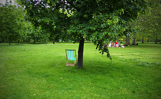 empty deckchairs and a damp june afternoon in green park. Black Bedroom Furniture Sets. Home Design Ideas