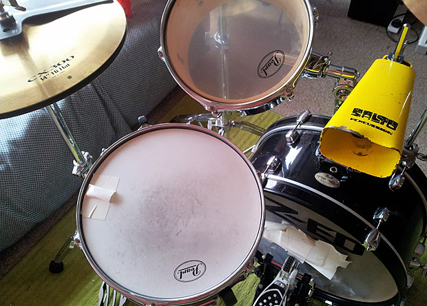 My extra small, portable drum kit for gigs