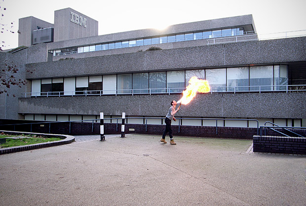 Pic of the day: lone fire eater, South Bank, London