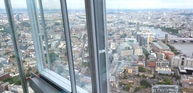 Panoramic views from near the the top of The Shard [video]