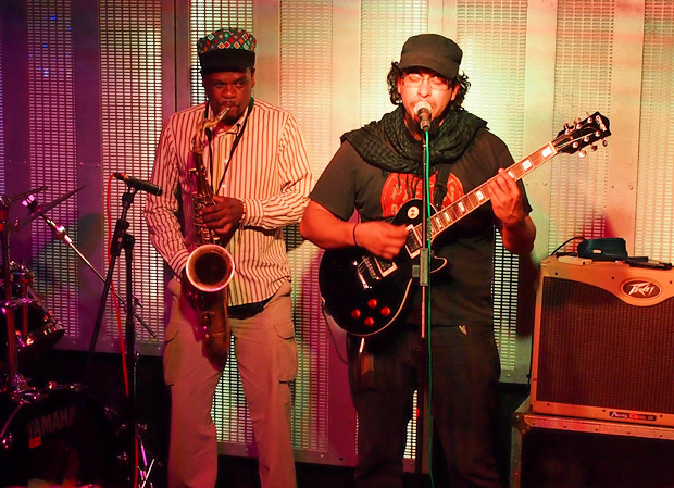Live music at the Brixton 414 Club with Venezuelan band La Suite Bipolar, 11th Sept 2012