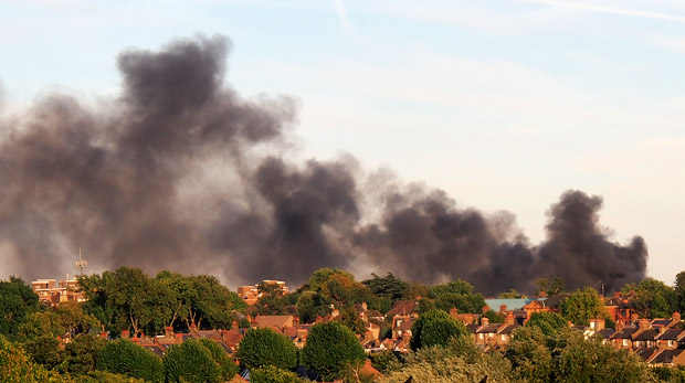 Smoke clouds seen over Brixton as Bessemer Grange Children's Centre blazes