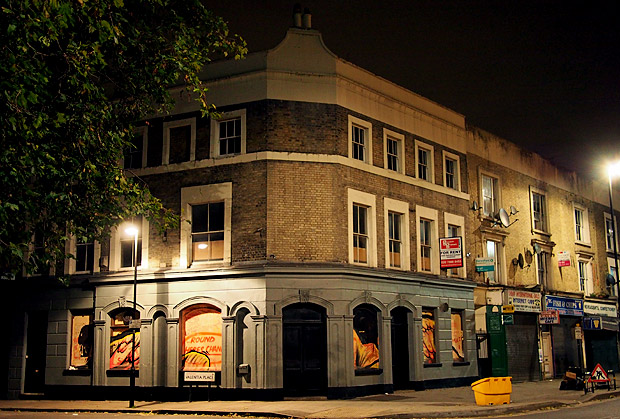 A Thursday night in Coldharbour Lane, Brixton - Albert, 414, Dogstar and more