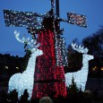 Here's my review of the Christmas lights seen around Brixton. Sad to say, they seem to be gettingmeanerand meaner with every year. Above is the rather curious windmill/reindeer combo that […]