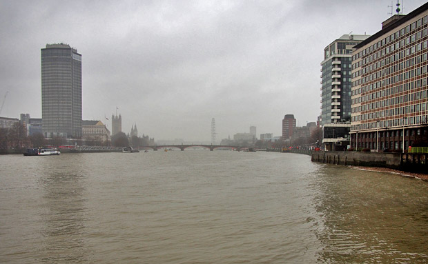 A damp and grey London walk along the Albert and Victoria Embankments