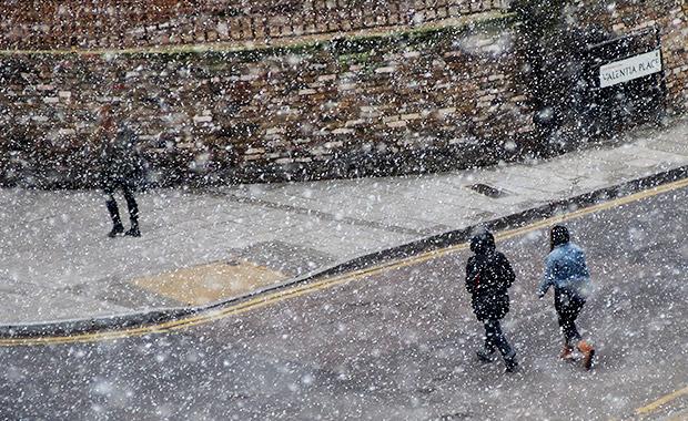 brixton-snow-in-march-02