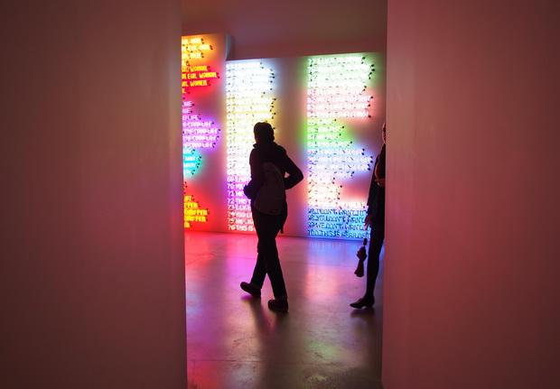 mindfuck-exhibition-bruce-nauman-05