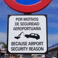No nonsense Spanish airport warning sign
