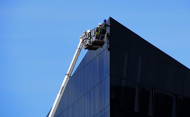 The final touch, Mann Island development, Liverpool