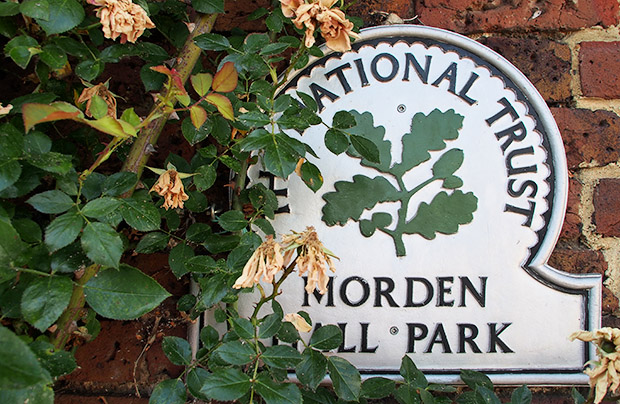 A walk around the lovely Morden Hall Park, south London