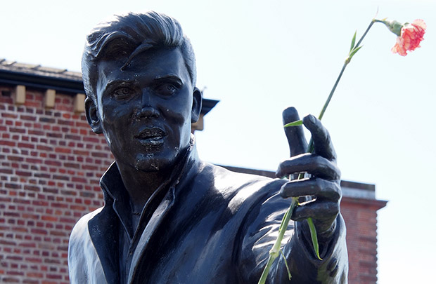 Billy Fury remembered by Liverpool's docks