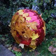 On Sunday, I came across this rather curious leaf-covered balloon in Regent's Park. At first I thought it might have been a piece of 'official' art, but it seems more […]