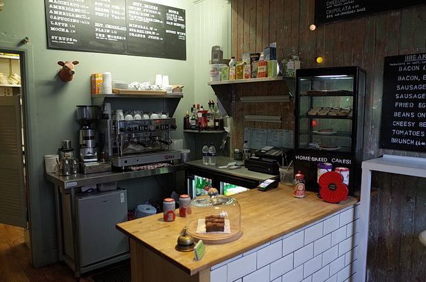 Coffee and cake at the Greedy Cow Cafe, Margate