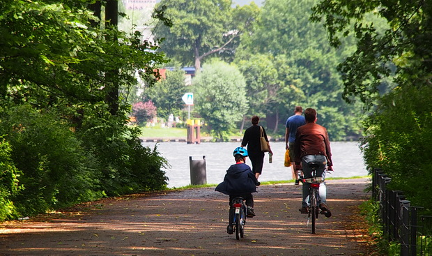 A walk through Treptower Park and the Island of Youth, Berlin