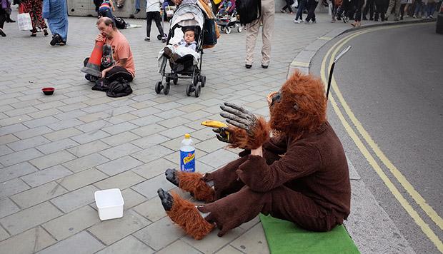 London's worst buskers - Trafalgar Square