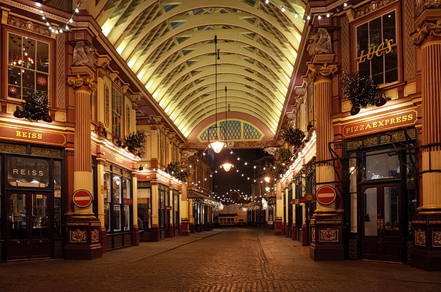 Christmas lights at London's delightful Leadenhall Market
