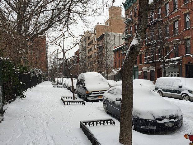 Photos of the snow-covered deserted streets of New York in the wake of Winter Storm Juno
