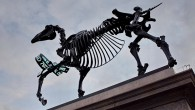 Now the tenth artwork to occupy the fourth plinth in London'sTrafalgar Square, Gift Horse presents a skeletal sculpture entwinedwith anelectronic ribbon displaying a live ticker feed from the London Stock […]