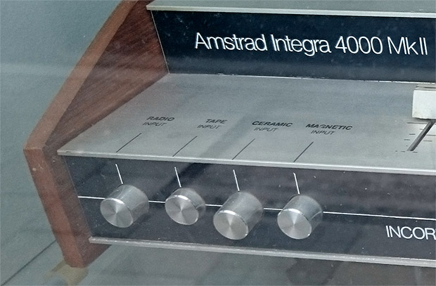 Behold the audio majesty of the Amstrad Integra 4000 Mk II