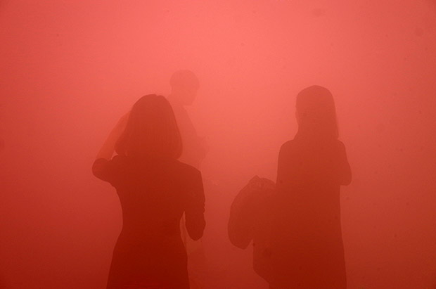 Walking through the swirling mists of Ann Veronica Janssens' yellowbluepink at the Wellcome Collection