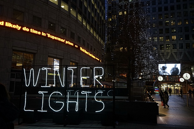 Winter Lights festival in Canary Wharf: crowds, selfies galore and disappointment