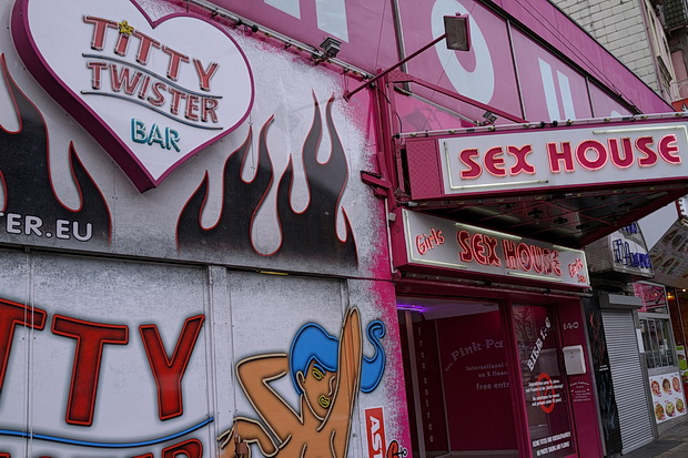 Titty Twister, Beatles statues and crap bars: A stroll around the Reeperbahn, Hamburg