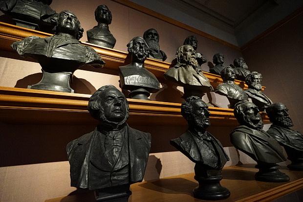 National Portrait Gallery, London - a quick photo tour