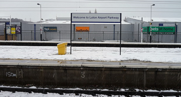 My Amsterdam fight was cancelled. so here's photos of a snowy Luton Airport Parkway instead