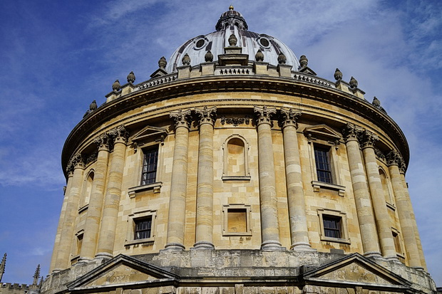Photos of Oxford: architecture, frozen canal, church tower views and The Monochrome Set