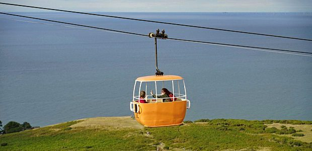 Running along the Great Orme for a distance of one mile and forty feet (1.622 km), the Llandudno Cable Car is a splendid attraction in the seaside resort of Llandudno […]