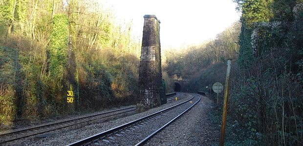 In photos: Cefn Onn Halt fifteen years ago, December 2004