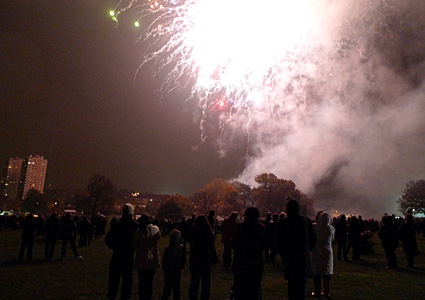 Guy Fawkes and Fireworks Night in Brockwell Park, Brixton, Lambeth, London SW9 8HY, 5th November 2008