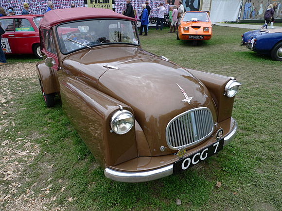 Saturday at Vintage at Goodwood, Goodwood Estate, Sussex, England UK, photos and features, 13th to 15th August, 2010