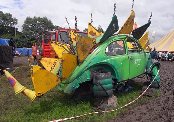 http://www.urban75.org/glastonbury/images/glastonbury-festival-181.jpg