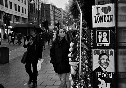 Photos of a walk around central London and Brixton in the rain, December 2008