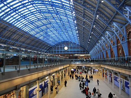 photos of st pancras international restored railway station and eurostar terminus london uk. Black Bedroom Furniture Sets. Home Design Ideas