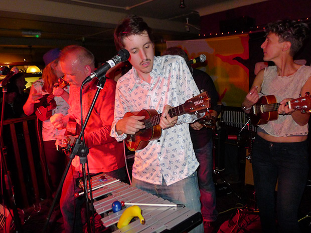 Fri 13th April 2012: Dulwich Ukulele Club live at the Brixton Offline Club, Prince Albert, 418 Coldharbour Lane, Brixton, London SW9