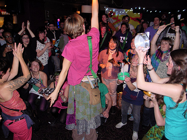 Fri 2nd March 2012: BRIXTONBUZZ launch party with SAMBATAGE samba drummers and RUBBALIPS beatboxer live at the Brixton Offline Club, Prince Albert