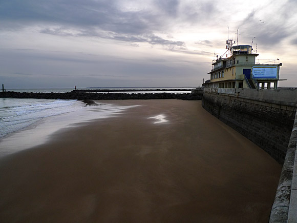 Photos of Ramsgate, harbour, beach, town, shops, streets, pubs and more, November, 2009