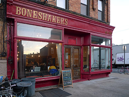 Boneshakers cafe, bikes, food and coffee, 134 Kingsland Ave, Brooklyn, NY 11222 - photographs and feature