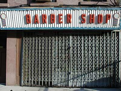 Barber Shop Brooklyn : Barber Shop frontage, Brooklyn, New York, USA