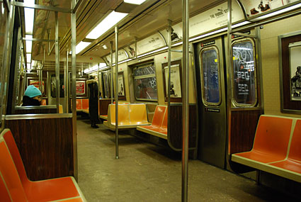 New york subway scenes photos of subway trains and stations in