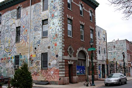 South Street Philadelphia Apartments Magic Gardens Mosaic Murals And Street Artisaiah Zagar South