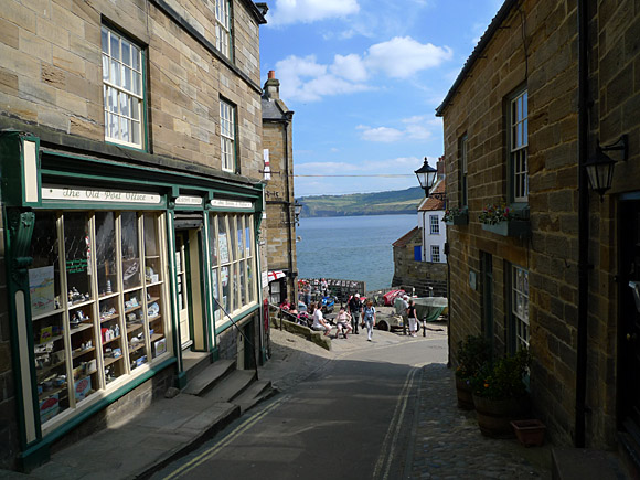 Robin Hood's Bay, North Yorkshire, England, June 2010 - photos and feature