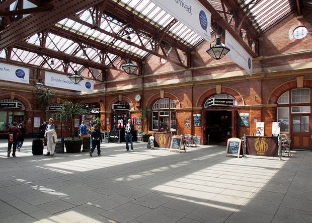 The magnificent Edwardian grandeur of Birmingham Moor Street station - photo study of Great Western style main line station in Birmingham, England UK